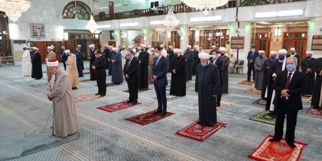President al-Assad participates in the religious celebration of prophet Moahammad's birthday at Sa'ad bin Mo'az Mosque in Damascus
